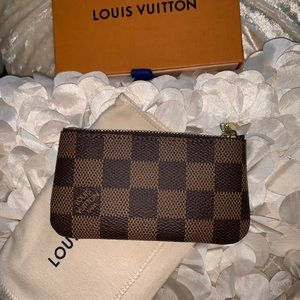 BRAND NEW W/TAGS! Louis Vuitton Pochette Cle Ebene